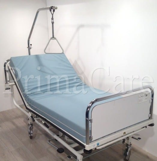 Hospital Bed - Hydraulic - Adjustable - Hi Low - 3 Section -Trendelenburg - Backrest