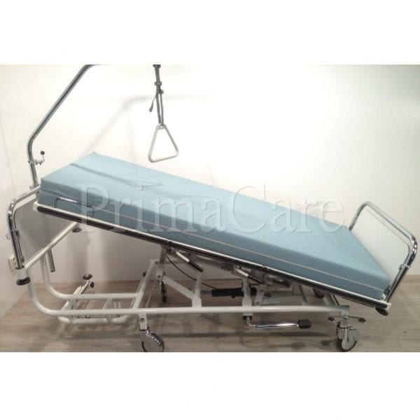 Hospital Bed - Hydraulic - Adjustable - Hi Low - 3 Section - Trendelenburg Position