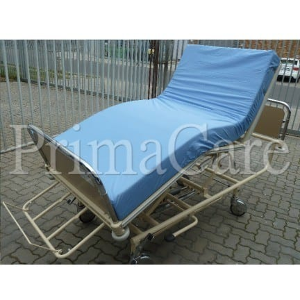 Hospital Bed - Hydraulic - Adjustable - Hi Low - 3 Section - Trendelenburg