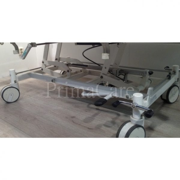Hospital bed - 2 section - Hydraulic - stiegelmeyer - refurbished - Central locking